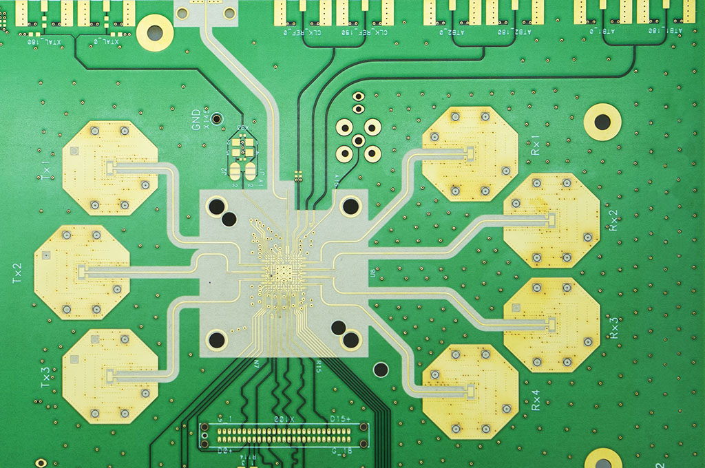 PCB printed circuit boards with radio frequency